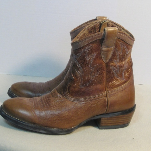 348fd94d9ab Ariat Women,s Brown Leather Cowgirl Boots Size 7 B